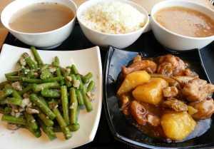 0315 薯仔炆雞、欖菜肉崧炒邊豆、赤小豆冬瓜湯、花生麥米粥